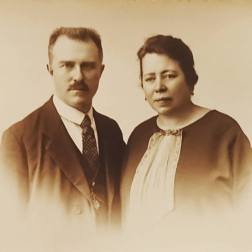 Arthur Roose and his wife Irma Deschepper, my great-grandparents and the parents of my maternal grandfather Karel Roose, c1910-15