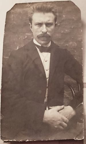 My great-grandfather Arhur Roose, c1900-1905