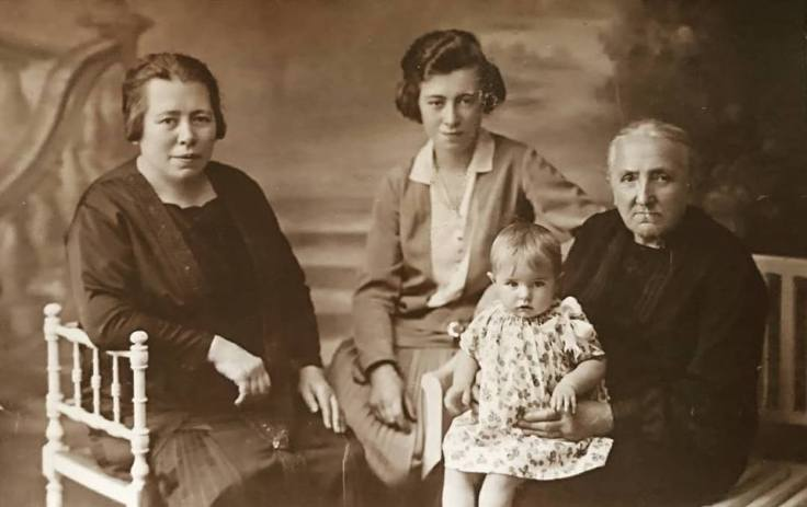 Deschepper-Roose family