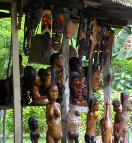 Carvings at Fern Gully stall, Ocho Rios, Jamaica, c2003 (photo: Marc Rammelaere - all rights reserved)